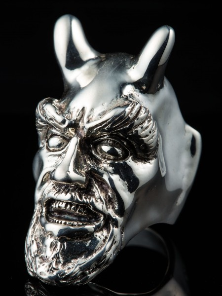 Devil Large Ring – Silver