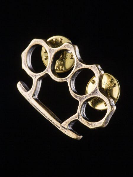 メリケンサック型ピンズバッジ – 真鍮古美